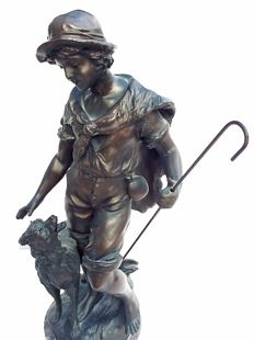 Metal statue – Shepherd with sheep – signed: F. Mou...France - 1st half of the 20th century