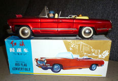 "STF, China - Length 25 cm - Tin ""Red Flag Convertible MF135 with friction motor, 1970s"