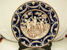 Capodimonte - Large decorative plate with relief - 37 cm