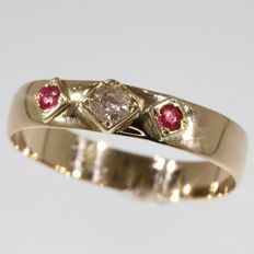 Red gold Victorian wedding band - No Reserve Price - anno 1880