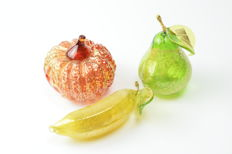 Lorenzo Ferro (Ferro Glassworks) - Set of Three Gold Leaf Fruit
