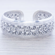 Rigid Balinese design bracelet in 925/1,000 silver – length: 18-21 cm – no reserve