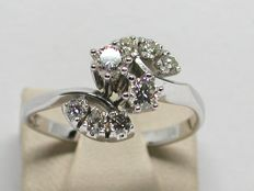 18k Gold Double Diamond Cluster Engagement Ring total: 0,90ct. - Ring size 50