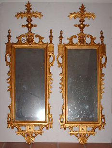 A pair of carved and gilded wood wall mirrors - Tuscany, Italy - 18th/19th century
