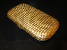 Antique cigarette case in 18 kt gold, entirely hand-crafted