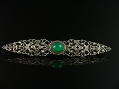Silver brooch with chrysoprase, 800 silver