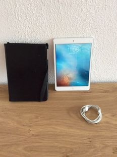 iPad mini white 16 gb