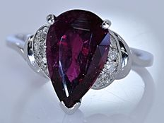 3.20 ct pink pear Tourmaline with Diamonds ring - No reserve price!