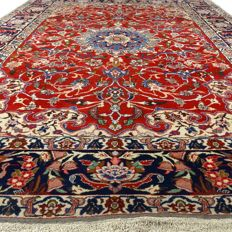 Sarough - 360 x 247 cm - showroom carpet - Persian eye-catcher in wonderful, virtually unused condition.
