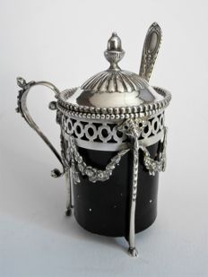 Silver mustard pot, Louis XVI style, with glass pot with matching silver mustard spoon, ca. 1910