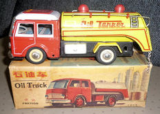 "STF, China - Length 20 cm - Tin ""Oil Truck"" MF963 with friction motor, 1970s"