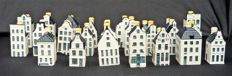 Lot with 29 Delft Blue KLM houses (BOLS)