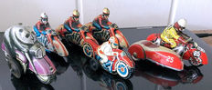 Huki, US Zone Germany/STF, China/Nakamura, Japan -Length 10-12 cm - Lot with 6 tin motorcycles with friction / clockwork motor, 1950s/60s