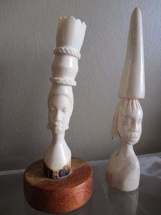 2 African ivory women's busts - of which 1 from KASAI - Former Belgian Congo