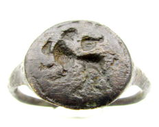 Viking Period Mythological Seal Ring with Griffin/Gryphon - 21 mm