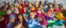 Large collection of 40 old puppet dolls/Walk Disney/puppets/Puppetshow-various Countries