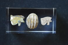 Three Egyptian Faience Eye and Scarab Amulets, 12-19 mm (3x)