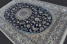 Incredible and fantastic Persian NAIN carpet from Iran, luxurious, natural wool and silk, very finely hand-knotted, approx. 302 x 196 cm, private collection, Excellent condition with certificat.