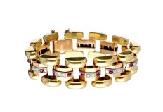 Retro Bi-colour, 18 kt gold link bracelet, set with brilliant cut diamond and cabochon cut rubies – Weight: 77.62 g, 1940s