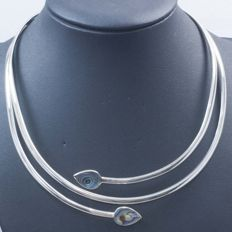 Stiff 925/1,000 sterling silver choker with Mexican mother of pearl