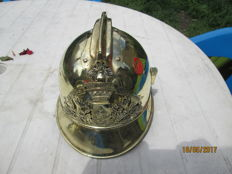 Superb firefighter's helmet 1885 brass