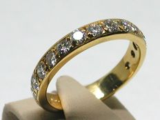 Antique diamond eternity ring total: 1,50ct.