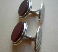 Silver cuff clips with a carnelian