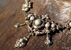 Gold necklace Biedermeier necklace with cultivated pearls