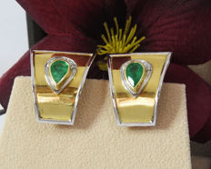 Golden Emerald Diamond Earrings- 18K Yellow/White Two tone - Size 22.30 mm. - Emeralds 1.16 ct pear cut
