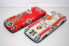 Sanko, Japan - Length 24 cm - Tin Ferrari and Porsche with friction motor, 70s