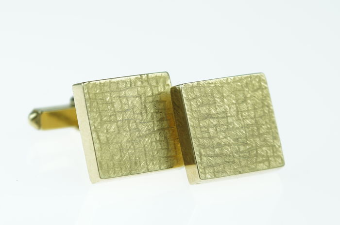 Pair of 14 kt vintage yellow gold men's cufflinks, heavy design, 13.75 grams