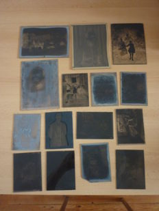 Batch of 15 glass photographic plates - People - dated 1918