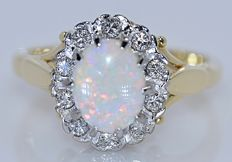 Australian Opal with Diamonds ring - No reserve price!
