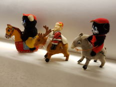 An, Japan - Length appr. 13 cm - Lot with 3 Tin/fabric wind-up toys, 1950s