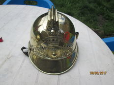 superb firefighter helmet 1895 in brass complete n ° 2