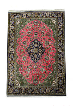 Hand-knotted  Persian Farahan Rug  210x142cm c. 1990