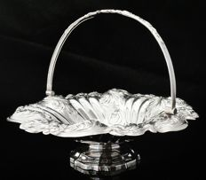 Large Silver Swing Handled Basket, Birmingham 1836, Spooner, Painter & Co