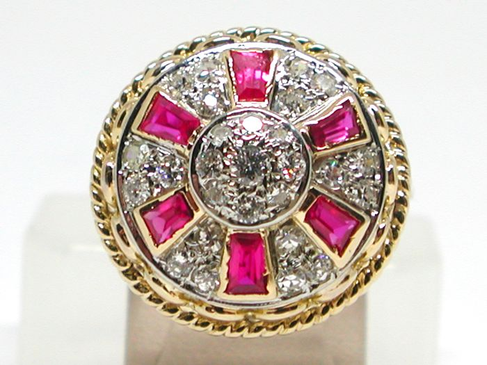 20th century diamond (1.0ct) & ruby (1.2ct) cocktail ring