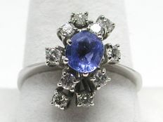Diamond & ceylon sapphire cluster ring total: 2,20ct - Ring size BE 53 // NL 16,75mm // free adjustment of ring up to size 70 // 18K white gold