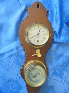 Very old ship's clock with a barometer, likely from Kirov, with the name Observer, the clock is functional