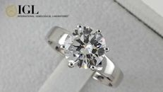 IGL 2.02 ct E/VVS2  round diamond ring in white 14 k gold - size 7.5