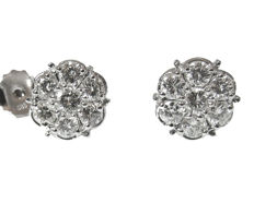 Cluster Stud Earrings Round Brilliant cut diamonds 0.80 ct E-VS2