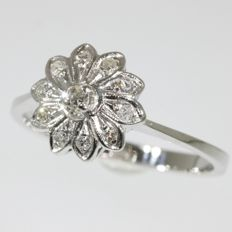 Flower shaped diamond white gold ring from the fifties