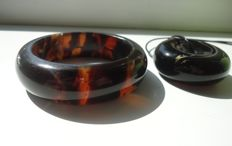 Set of Amber pendant  and  donough shape and bracelet bangle, weight  89 gr