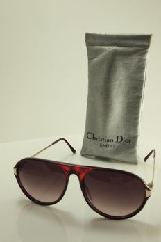 Christian Dior- Aviator sunglasses – unisex