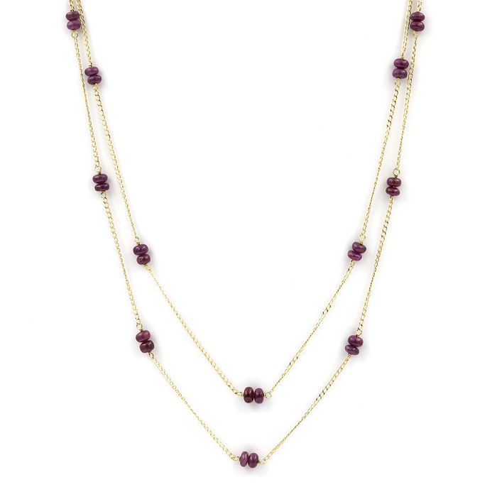 Yellow gold (18 kt) – Double chain choker – Cabochon cut rubies totalling 18 ct – Length: 48 cm