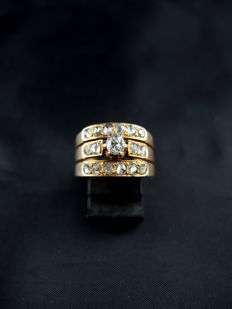 Antique ring in rose gold and diamonds of 0.70 ct in total