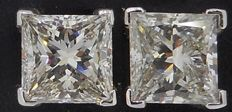 18 kt white gold IGI CERTIFIED princess cut diamond earrings (studs) 1.40 ct total
