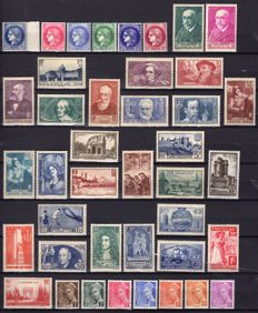 France 1938 – Complete year – Yvert No. 372/418.