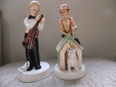 "Pair of porcelain figures , Royal Doulton , ""As good as new"" & ""I'm nearly ready"""